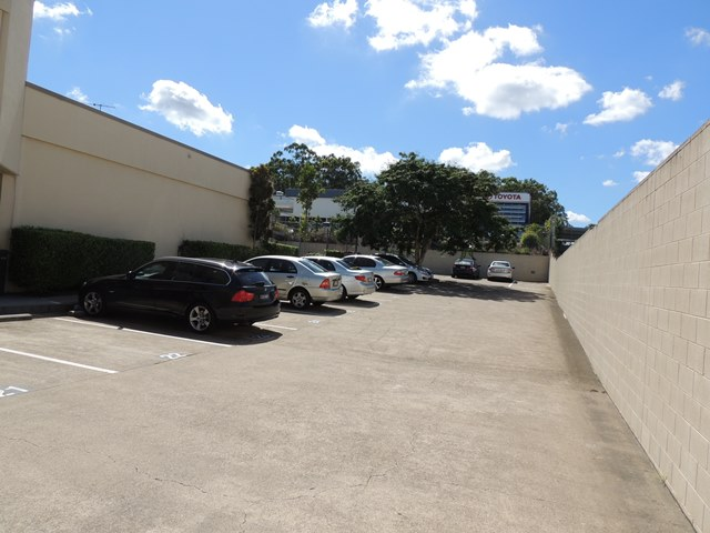 6 & 7/3368 Pacific Highway SPRINGWOOD QLD 4127