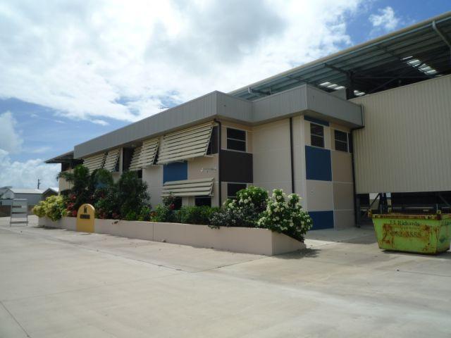 610 Ingham Road MOUNT LOUISA QLD 4814