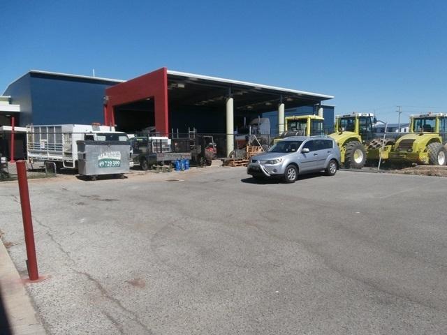 96B Hanson Road GLADSTONE CITY QLD 4680