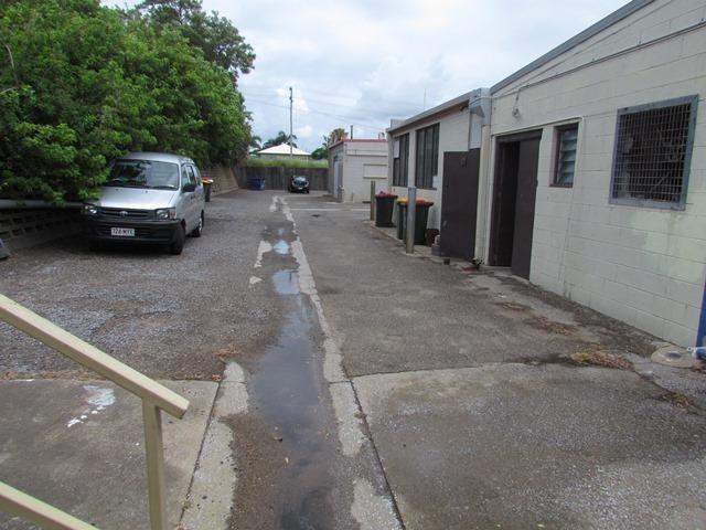 1/111 Toolooa Street GLADSTONE CITY QLD 4680