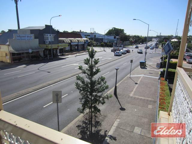 55 Old Cleveland Road GREENSLOPES QLD 4120