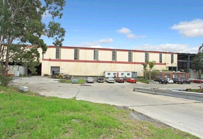 32-34 Doyle Avenue UNANDERRA NSW 2526