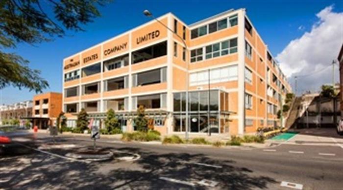24 Macquarie Street TENERIFFE QLD 4005