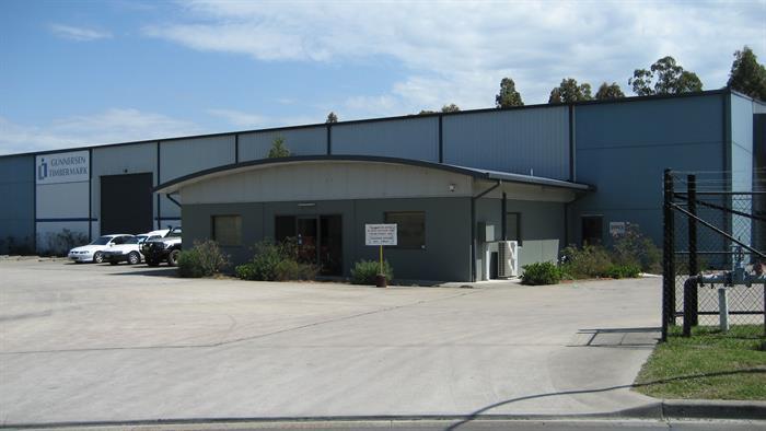 2 Stenhouse Drive CAMERON PARK NSW 2285