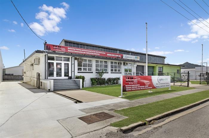 297-299 Ingham Road GARBUTT QLD 4814