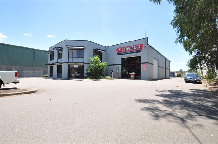 22 Kinta Drive BERESFIELD NSW 2322