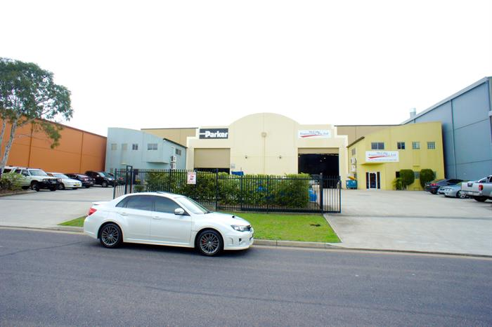 3 Pippita Close BERESFIELD NSW 2322