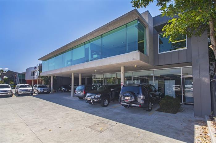 69 Southgate Avenue CANNON HILL QLD 4170