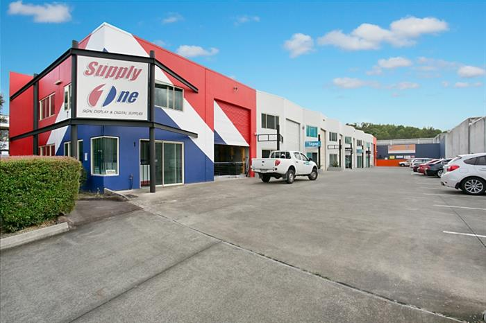 Unit 3, 7 Distribution Avenue MOLENDINAR QLD 4214