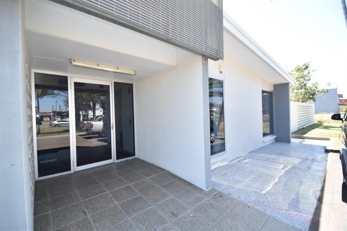 2/83-87 Duckworth Street GARBUTT QLD 4814