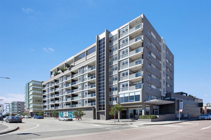 Lot 3, Ground Floor, 14 Honeysuckle Drive NEWCASTLE NSW 2300