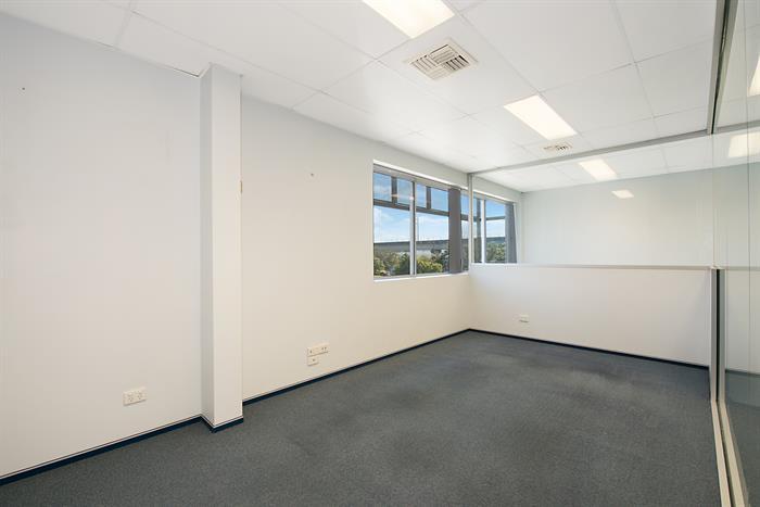 31-35 Qantas Drive BRISBANE AIRPORT QLD 4008