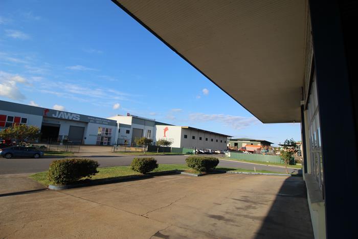 4 Willingdon Street ARCHERFIELD QLD 4108