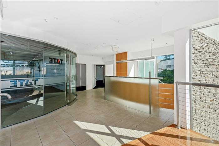 2/39 First Avenue MOOLOOLABA QLD 4557