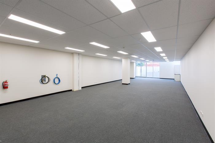 33 Racecourse Road NORTH MELBOURNE VIC 3051