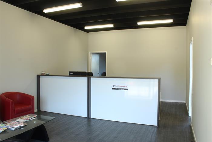 103-105 Spencer Road CARRARA QLD 4211