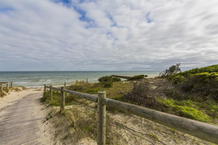 32-34 Nepean Highway SEAFORD VIC 3198
