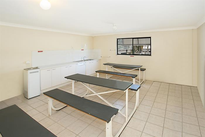 8-10 Windmill Street SOUTHPORT QLD 4215