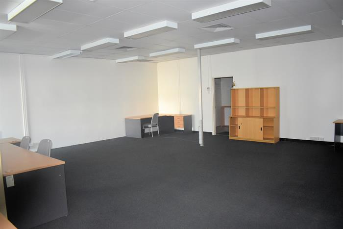 Shop 2, 1 Burns Street BUDDINA QLD 4575