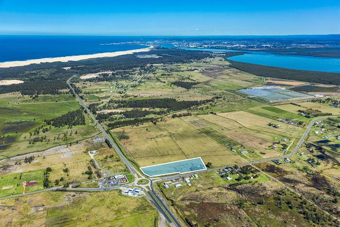 Cnr Cabbage Tree Road & Nelson Bay Road WILLIAMTOWN NSW 2318