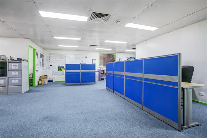 6 Gamma Close & 3 Balook Drive BERESFIELD NSW 2322