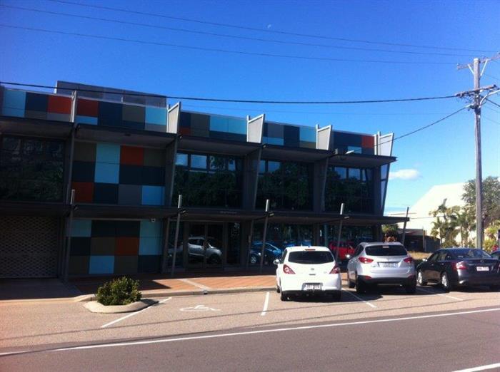 69 Eyre Street NORTH WARD QLD 4810