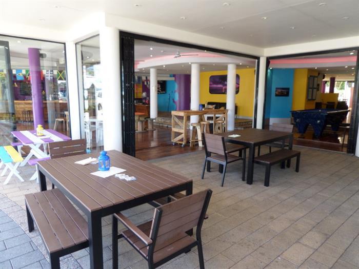 Shop 4, 17-19 Brisbane Road MOOLOOLABA QLD 4557