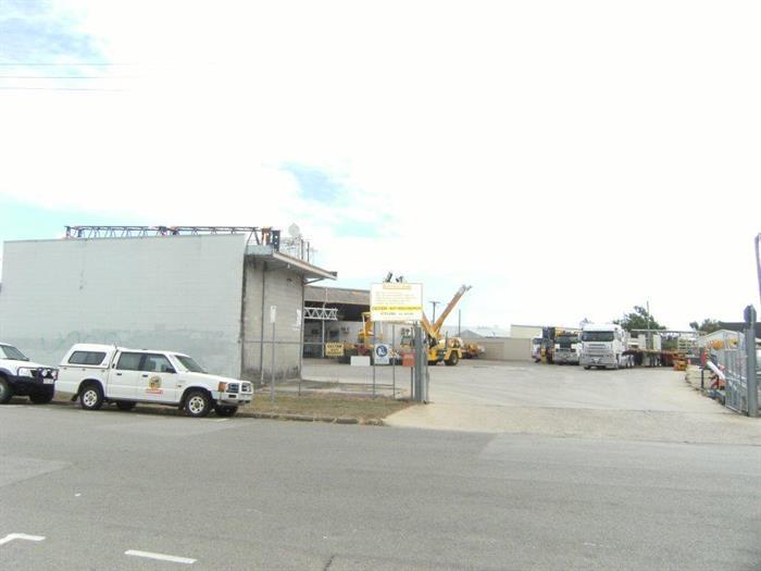 3 - 9 Horwood Street CURRAJONG QLD 4812