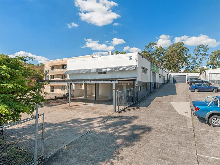 Unit 2, 23 Dividend Street MANSFIELD QLD 4122