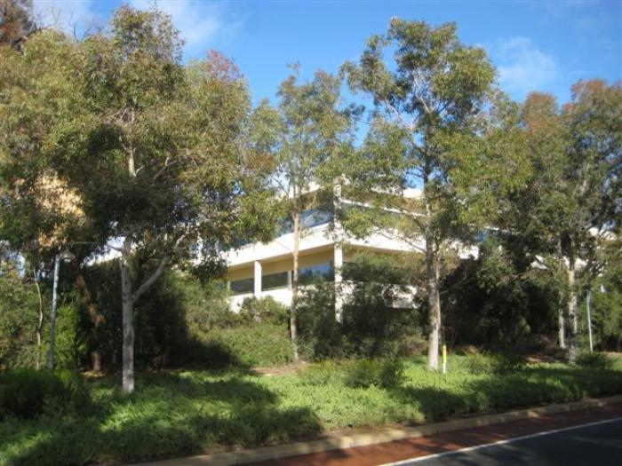 8 Davidson Terrace JOONDALUP WA 6027