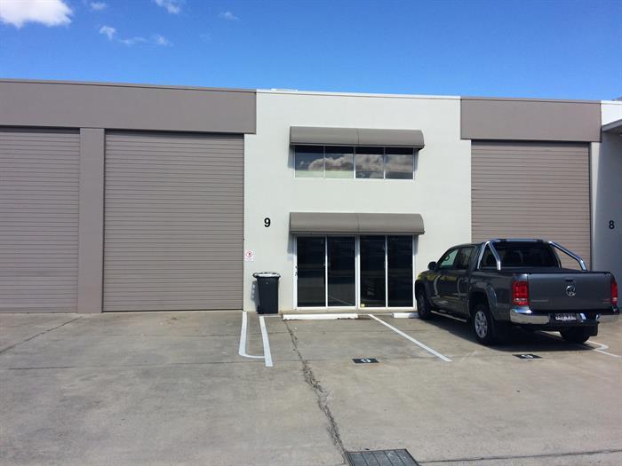 9/10 Prosperity Place GEEBUNG QLD 4034