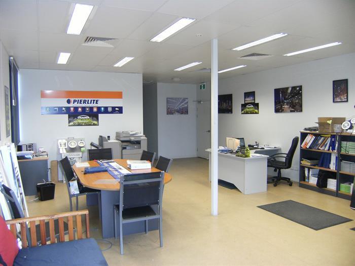 27 Corporate Crescent GARBUTT QLD 4814