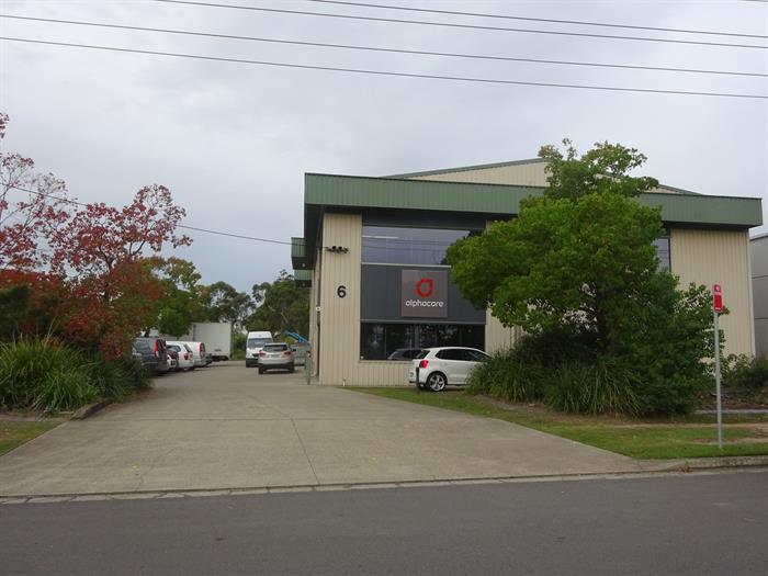 6 Pennant Street CARDIFF NSW 2285