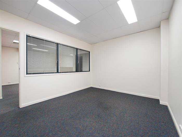 167 Logan Road WOOLLOONGABBA QLD 4102