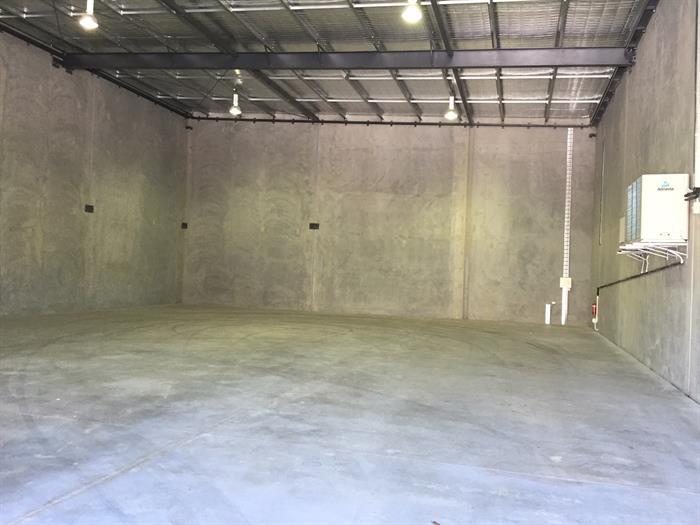 unit 2/457-459 Tufnell Road BANYO QLD 4014