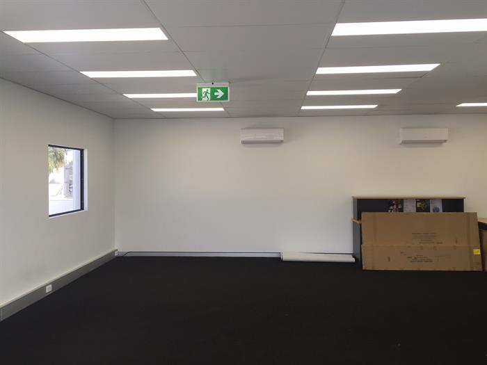 14 Ingham Road WEST END QLD 4810