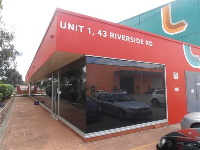 41-43 Riverside Road CHIPPING NORTON NSW 2170