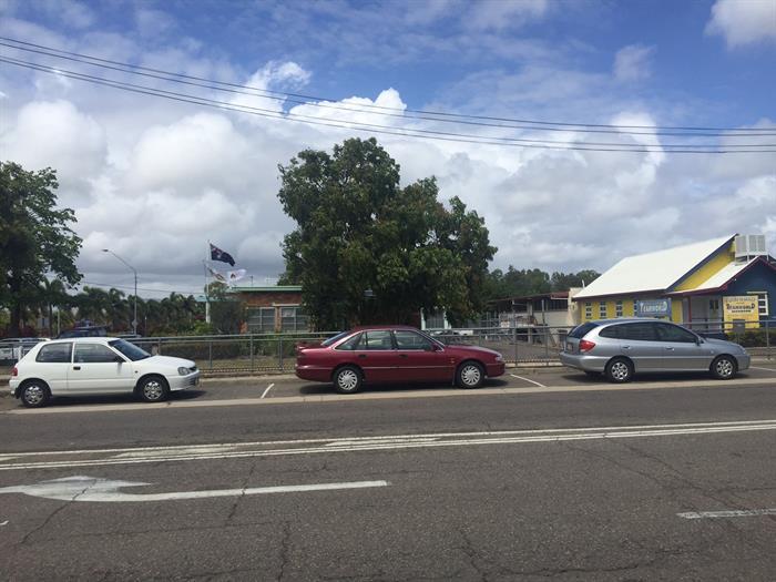 9 Ingham Road WEST END QLD 4810