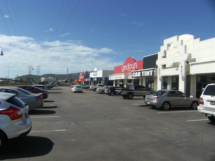 1/264 Woolcock Street CURRAJONG QLD 4812