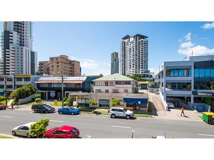 24 Welch Street SOUTHPORT QLD 4215