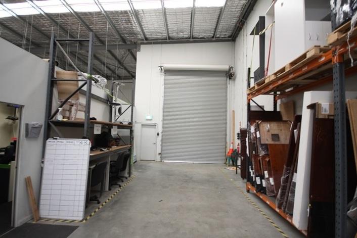 Unit 1/9 Discovery Drive BIBRA LAKE WA 6163
