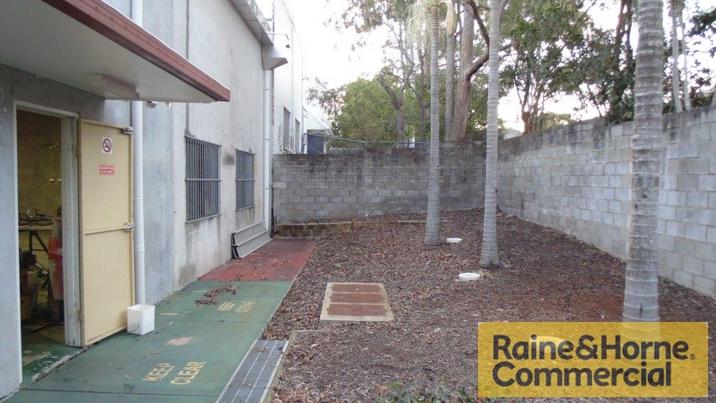 1/21 Tradelink Road HILLCREST QLD 4118