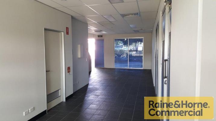 1/3-19 University Drive MEADOWBROOK QLD 4131