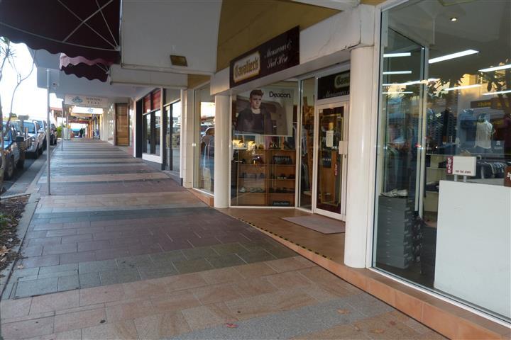 57 Goondoon Street GLADSTONE CENTRAL QLD 4680