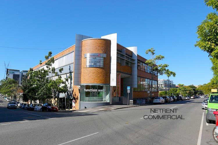 76 Commercial Road NEWSTEAD QLD 4006