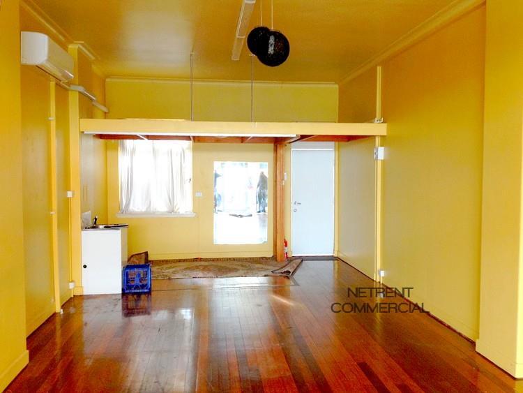 388 Logan Road GREENSLOPES QLD 4120
