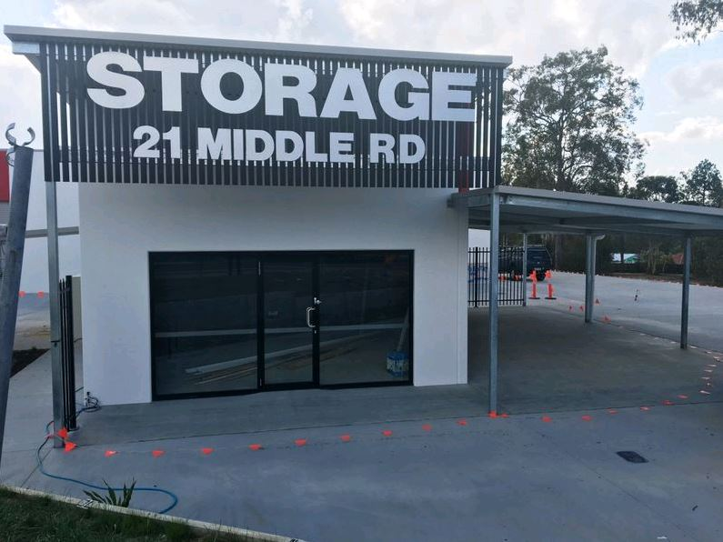 Retail 1/21 Middle Road HILLCREST QLD 4118