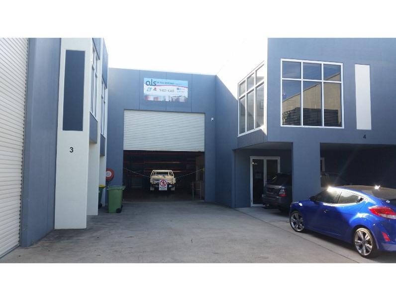3 & 4/32 Premier Circuit WARANA QLD 4575