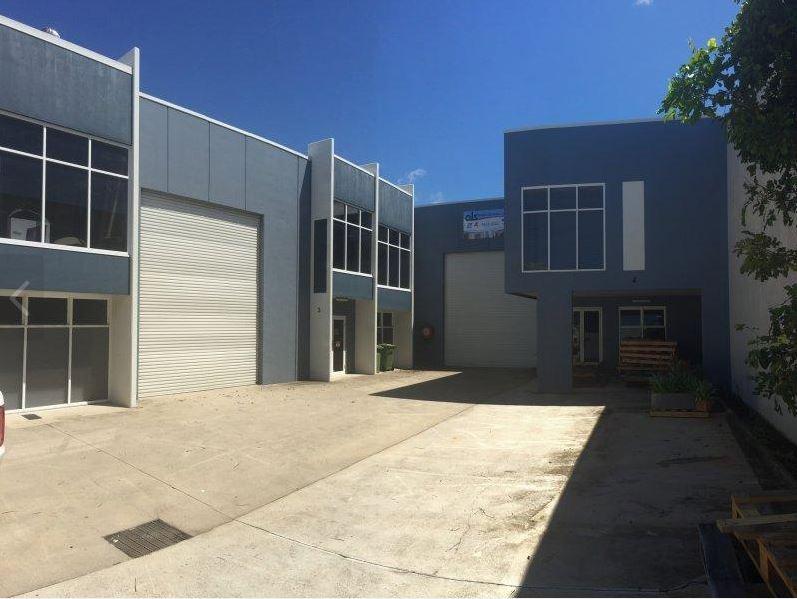 3&4/32 Premier Circuit WARANA QLD 4575