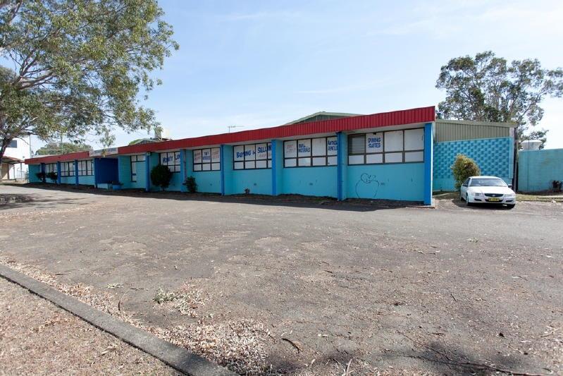 3 Elizabeth Avenue TAREE NSW 2430